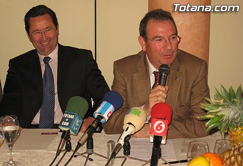 La Federación Regional de Empresarios de la Construcción de la Región de Murcia (FRECOM) y  la Asociación de Empresarios de la Construcción del Bajo Guadalentin (AEMCO) firmaron un convenio de colaboración, Foto 4