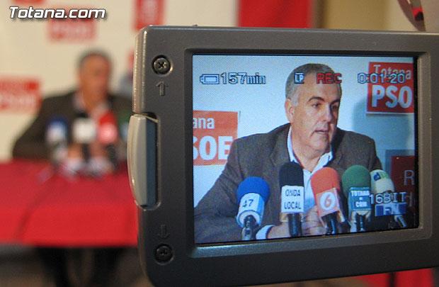 EL PSOE REALIZÓ UNA RUEDA DE PRENSA PARA TRATAR TEMAS DE SANIDAD, Foto 1