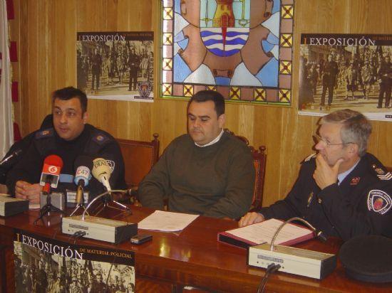 POLIC�A LOCAL ORGANIZA ACTOS CELEBRAR FESTIVIDAD PATR�N Y ORGANIZA I EXPOSICI�N MUSEO MATERIAL POLICIAL   , Foto 1