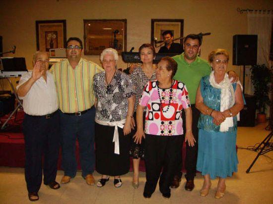 MÁS DE 400 PERSONAS ASISTEN A LA CENA-GALA DE CLAUSURA DE LAS ACTIVIDADES QUE SE DESARROLLAN EN EL CENTRO MUNICIPAL DE LAS PERSONAS MAYORES, Foto 1