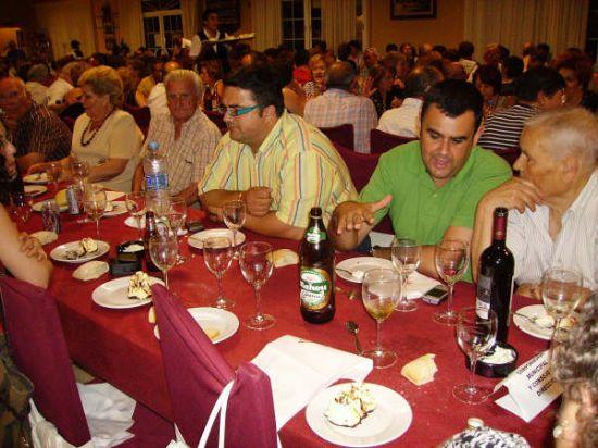 MÁS DE 400 PERSONAS ASISTEN A LA CENA-GALA DE CLAUSURA DE LAS ACTIVIDADES QUE SE DESARROLLAN EN EL CENTRO MUNICIPAL DE LAS PERSONAS MAYORES, Foto 7