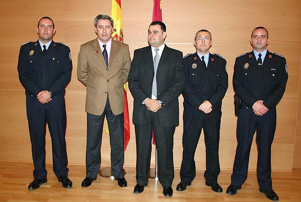 Un total de 24 policías locales promocionan como Cabos, Sargentos y Oficiales en sus Ayuntamientos, 3 de ellos cabos de Totana, Foto 7