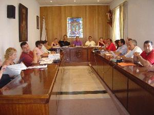 EL PLENO APRUEBA EL PRESUPUESTO GENERAL MUNICIPAL PARA 2005 QUE ASCIENDE A 36,7 MILLONES DE EUROS, Foto 1
