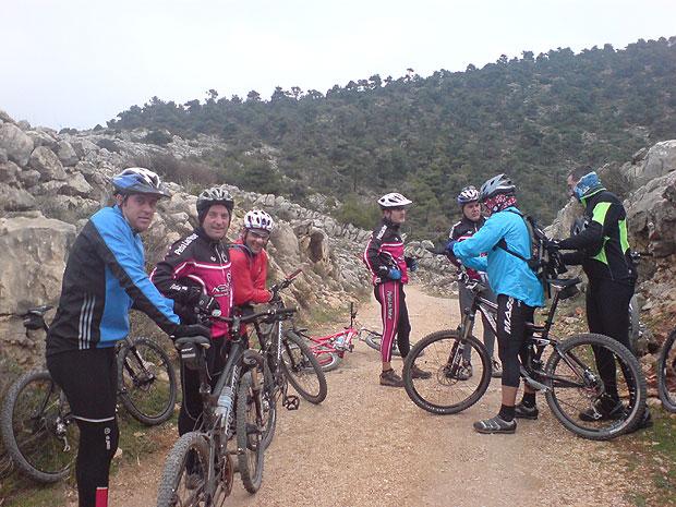 El pasado domingo dia 27, la Asociacion Deportiva Peña las Nueve realizó otra salida en bicicleta de montaña por Sierra Espuña, Foto 1