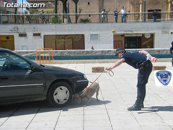 SE PRESENTA LA NUEVA PATRULLA DE SEGURIDAD CIUDADANA DE LA POLICÍA LOCAL DE TOTANA Y UNA UNIDAD CANINA ANTIDROGA PIONERA EN LA REGIÓN, Foto 1