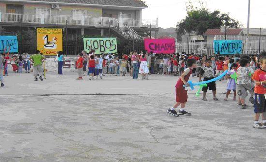 EL COLECTIVO EL CANDIL REALIZA ACTIVIDADES L�DICAS EN LOS BARRIOS SAN JOS� Y LA CRUZ BAJO EL T�TULO LA EDUTECA EN TU BARRIO, Foto 1