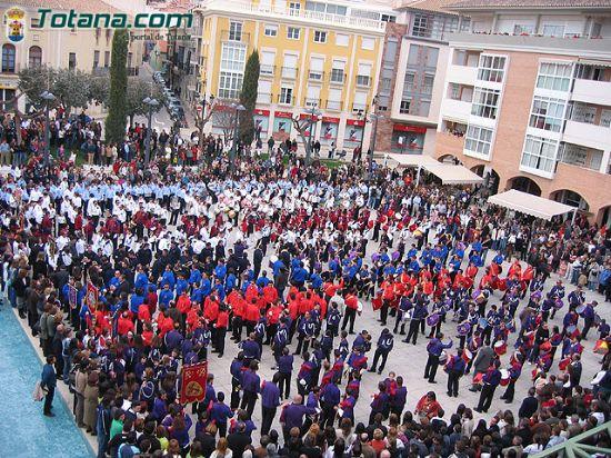 La m�sica de cornetas y tambores reson� en la plaza de la Constituci�n en el D�a de la M�sica Nazarena, Foto 1