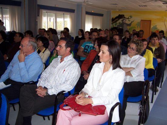 """EL ALCALDE DE TOTANA Y LA DIRECTORA GENERAL DE PERSONAS CON DISCAPACIDAD CLAUSURAN LA XXXII ASAMBLEA GENERAL DE LA ASOCIACIÓN REGIONAL MURCIANA DE HEMOFILIA EN """"LA CHARCA"""" (2008), Foto 6"""