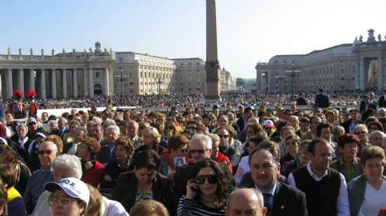 UNA DELEGACI�N INSTITUCIONAL ASISTI� EN ROMA A LA BEATIFICACI�N DEL SACERDOTE Y M�RTIR TOTANERO JOS� MAR�A C�NOVAS MART�NEZ, Foto 2