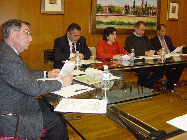 EL CONSORCIO TURÍSTICO DE SIERRA ESPUÑA DESTINARÁ MÁS DE 300.000 EUROS A MEJORAR SU OFERTA (2007), Foto 1