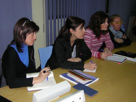 """EL AYUNTAMIENTO DE TOTANA SE ADHIERE JUNTO A OTROS DOS MUNICIPIOS AL PROYECTO """"MURCIA ACTIVA POR EL EMPLEO RURAL"""" (MAPER) PARA FAVORECER LA INSERCIÓN LABORAL DE LOS COLECTIVOS MÁS DESFAVORECIDOS (2008), Foto 3"""