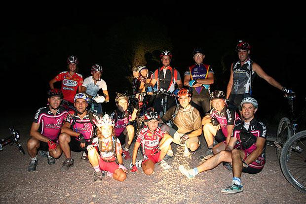 Salida nocturna organizada por la Peña Las Nueve a Los Algarrobos, Foto 1