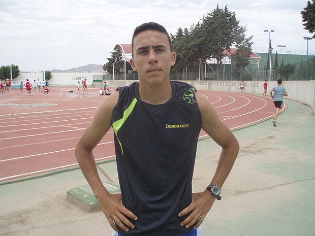 Comienza la temporada 2007, 2008 para el atleta totanero Andr�s Mart�nez L�pez., Foto 2