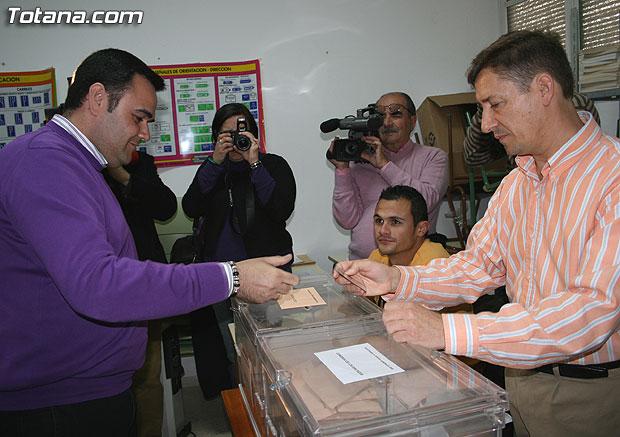 Andreo ha destacado la afluencia masiva de totaneros a las urnas, Foto 1