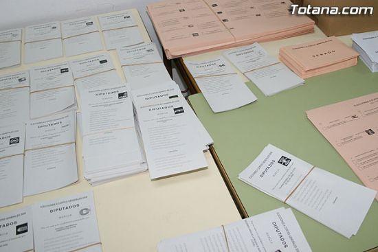 El PP rompe su techo electoral y se hace con el d�cimo diputado, Foto 1