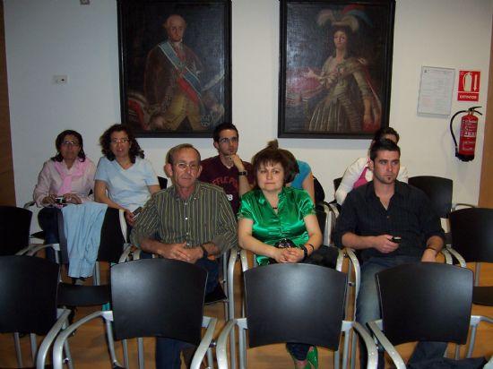 TOMAN POSESI�N DE SU CARGO LOS MIEMBROS DE LA JUNTA VECINAL DE EL PARET�N, Y LAS CUATRO MUJERES Y CUATRO HOMBRES, QUE OSTENTAR�N EL CARGO DE ALCALDE PED�NEO, DURANTE ESTA LEGISLATURA (2008), Foto 5