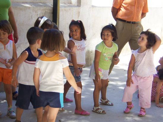 """LAS ESCUELAS INFANTILES """"CLARA CAMPOAMOR"""" Y """"CARMEN BARÓ"""" Y LAS AULAS DEL COLEGIO """"REINA SOFÍA"""" COMENZARÁN MAÑANA EL CURSO ESCOLAR 2007/2008 CON LA ESCOLARIZACIÓN DE 250 NIÑOS Y NIÑAS DE LA LOCALIDAD, Foto 1"""