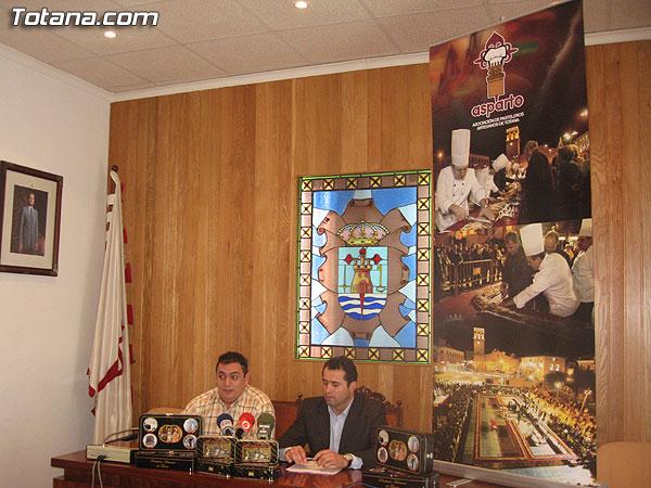 LA CONCEJAL�A DE ARTESAN�A SUSCRIBE UN CONVENIO CON LA ASOCIACI�N DE PASTELEROS ARTESANOS PARA PROMOCIONAR LOS PRODUCTOS ARTESANOS LOCALES, Foto 2