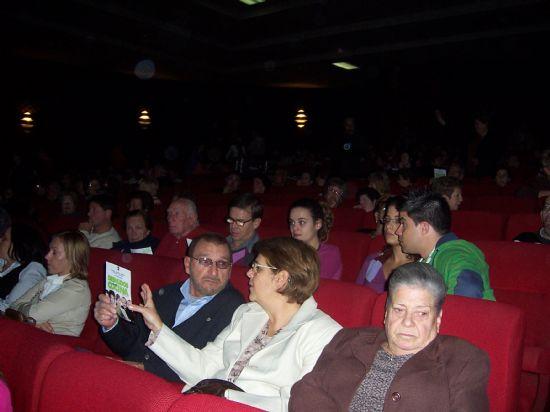 """MÁS DE 700 ESPECTADORES ASISTEN A LA PUESTA EN ESCENA DE LA OBRA CÓMICA """"DESNUDOS EN LA COCINA"""" QUE HA TEBNIDO LUGAR ESTE FIN DE SEMANA EN EL CINE VELASCO (2007), Foto 3"""