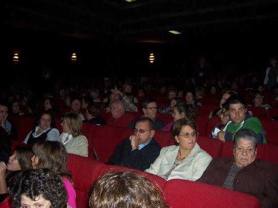 """MÁS DE 700 ESPECTADORES ASISTEN A LA PUESTA EN ESCENA DE LA OBRA CÓMICA """"DESNUDOS EN LA COCINA"""" QUE HA TEBNIDO LUGAR ESTE FIN DE SEMANA EN EL CINE VELASCO (2007), Foto 7"""