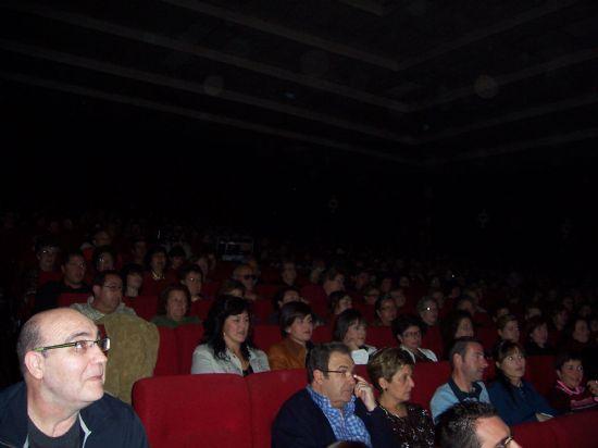 """MÁS DE 700 ESPECTADORES ASISTEN A LA PUESTA EN ESCENA DE LA OBRA CÓMICA """"DESNUDOS EN LA COCINA"""" QUE HA TEBNIDO LUGAR ESTE FIN DE SEMANA EN EL CINE VELASCO (2007), Foto 9"""