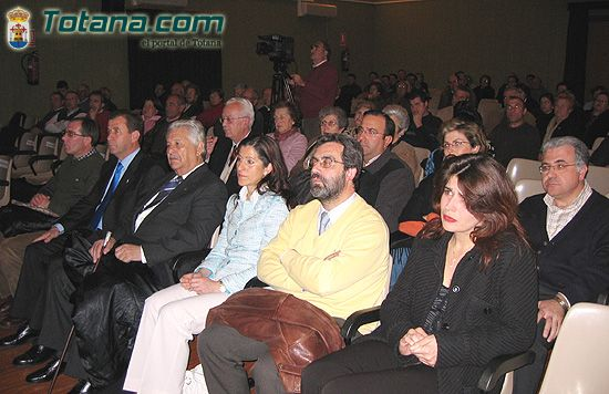 El director de Museo Nacional de Arte Romano de M�rida pronuncia conferencia magistral sobre la figura de Santa Eulalia de M�rida, Foto 3