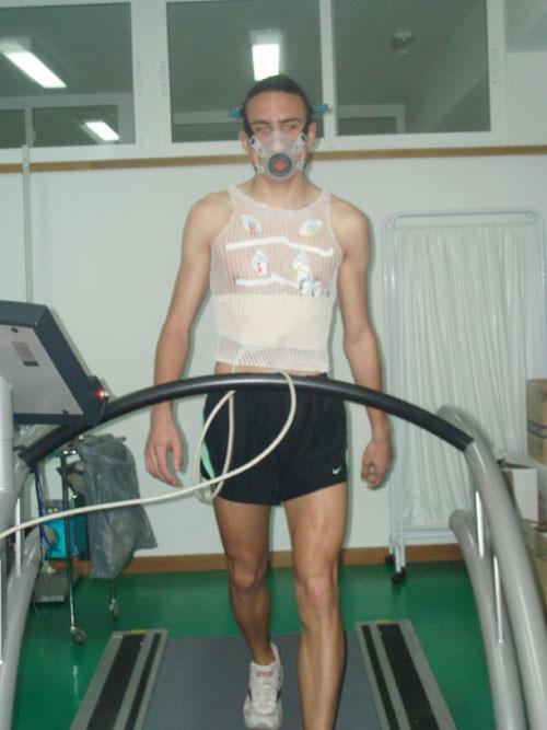 El atleta totanero Andrés Martínez López sigue su preparación  de cara a los próximos Campeonatos de España que se celebrarán el próximo mes de marzo, Foto 2