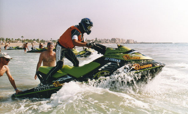 El Totanero Antonio Costa se mantiene líder en la 2ª prueba  del  Open Nacional de motos de agua celebrado en Castellón, Foto 3