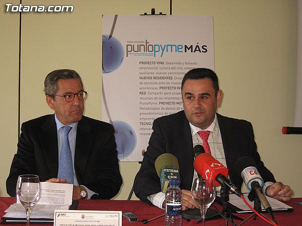 LA RED PUNTOPYME PRESENTA EN TOTANA UN PROYECTO PARA EL ASESORAMIENTO Y DESARROLLO DE PLANES DE EMPRESA EN LA REGIÓN DE MURCIA (2007), Foto 1
