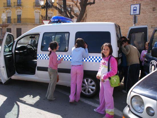 M�S DE 400 ESCOLARES PARTICIPAN EN LA JORNADA DE PUERTAS ABIERTAS DE LA POLIC�A LOCAL DE TOTANA CELEBRADA CON MOTIVO DEL D�A DE SU PATR�N SAN PATRICIO, Foto 6