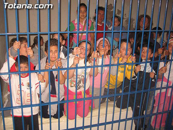 UNOS 700 ALUMNOS DE SIETE CENTROS ESCOLARES DE TOTANA PARTICIPAN EN LAS JORNADAS DE PUERTAS ABIERTAS DE LA POLICÍA LOCAL, Foto 1