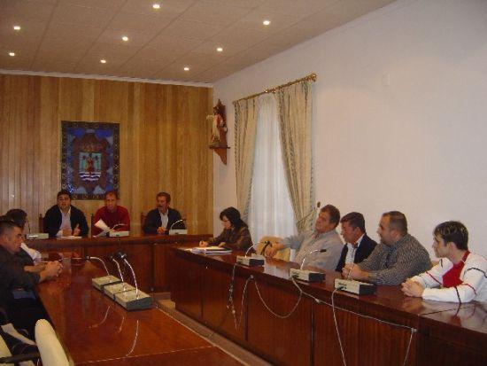 Se constituye la nueva junta de ped�neos de Totana que preside el alcalde e integran ediles de participaci�n ciudadana y pedan�as y los siete alcaldes-ped�neos, Foto 1