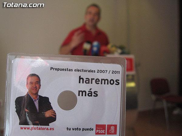 EL CANDIDATO SOCIALISTA A LA ALCALDÍA DE TOTANA PRESENTÓ HOY EN RUEDA DE PRENSA EL PROGRAMA ELECTORAL COMPLETO EN FORMATO DIGITAL, Foto 1