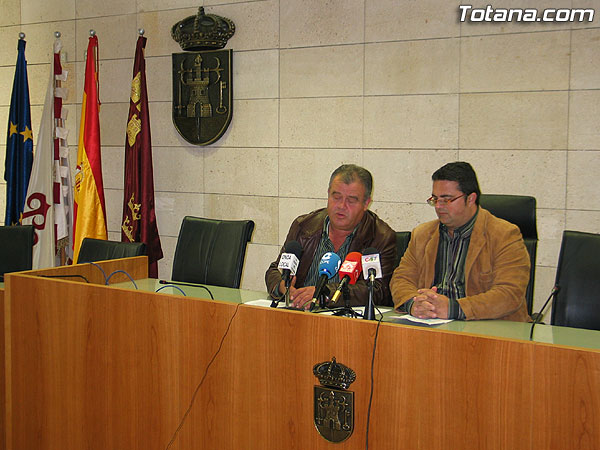 """LAS CONCEJALÍAS DE PEDANÍAS Y PARTICIPACIÓN CIUDADANA DESTACAN LA PARTICIPACIÓN  """"DIRECTA Y ACTIVA""""  DE LOS VECINOS DEL MUNICIPIO EN EL PROCESO DE ELECCIÓN DE LOS ALCALDES PEDÁNEOS, QUE ESTARÁ ABIERTO HASTA EL PRÓXIMO 20 DE NOVIEMBRE (2007), Foto 1"""