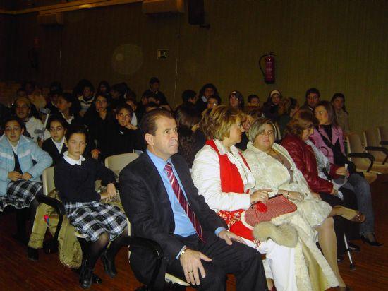 EL ALCALDE Y MARISOL MORENTE HAN CLAUSURADO LA CAMPAÑA DE MENTALIZACIÓN ESCOLAR SOBRE DISCAPACITADOS, EN EL QUE EL COLEGIO LA MILAGROSA LOGRA EL TERCER PREMIO, Foto 3