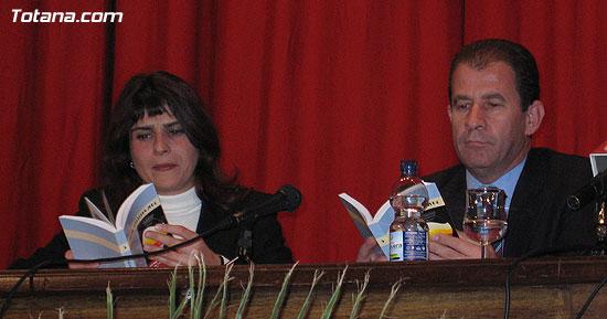"""EL ALCALDE Y LA CONCEJAL DE CULTURA PRESENTAN EL LIBRO GANADOR DEL VI PREMIO DE INVESTIGACIÓN HISTÓRICA """"ALPORCHÓN"""" QUE VERSA SOBRE LA TRADICIÓN HISTÓRICA DE LA ARTESANÍA LOCAL   , Foto 7"""