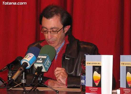 """EL ALCALDE Y LA CONCEJAL DE CULTURA PRESENTAN EL LIBRO GANADOR DEL VI PREMIO DE INVESTIGACIÓN HISTÓRICA """"ALPORCHÓN"""" QUE VERSA SOBRE LA TRADICIÓN HISTÓRICA DE LA ARTESANÍA LOCAL   , Foto 8"""