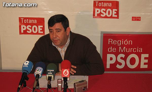 EL PSOE ACUSA AL CONCEJAL DE OBRAS DE MENTIR SOBRE LA RESCISIÓN DEL CONTRATO DE FERROVIAL, Foto 1