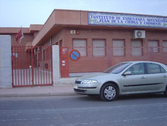 IES JUAN DE LA CIERVA Y CODORNIÚ ACOGERÁ EL VIERNES PRUEBAS FASE AUTONÓMICA XLI OLIMPIADA MATÉMÁTICA ESPAÑOLA   , Foto 1