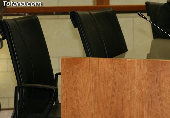 IU de Totana no asisten al Pleno en el que se aprueba el PGOU por considerar que est� bajo sospecha, Foto 1