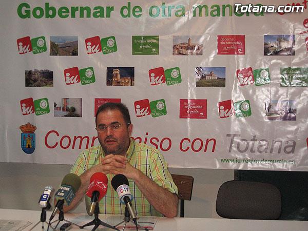 IU + LOS VERDES OFRECIO UNA RUEDA DE PRENSA PARA HACER BALANCE DE LA CAMPAÑA Y DE VARIOS TEMAS DE ACTUALIDAD, Foto 1
