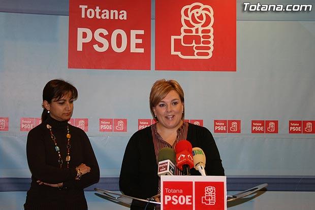 EL PSOE ASEGURA QUE AUMENTAR� EL SALARIO M�NIMO INTERPROFESIONAL HASTA LOS 800 EUROS EN LA PR�XIMA LEGISLATURA, Foto 2