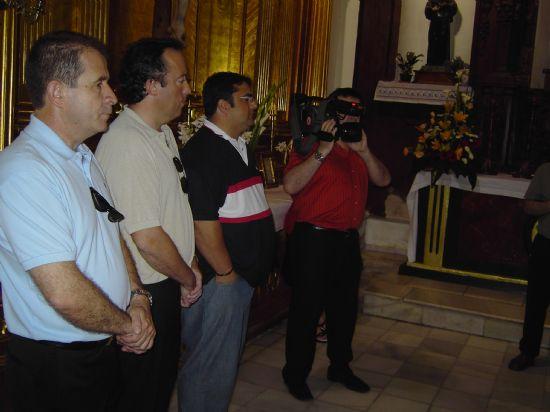 LOS TRABAJADORES MUNICIPALES REALIZAN UNA OFRENDA FLORAL A LA IMAGEN DE SANTA RITA CON MOTIVO DE LA FESTIVIDAD DE SU PATRONA, Foto 4
