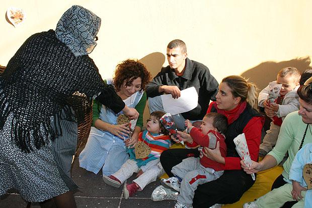 """Los pequeños  de la escuela infantil """"Carmen Baró"""" celebraron el Día de la Castaña, Foto 2"""