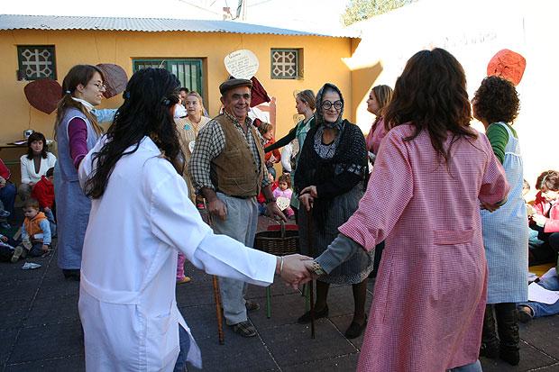 """Los pequeños  de la escuela infantil """"Carmen Baró"""" celebraron el Día de la Castaña, Foto 6"""