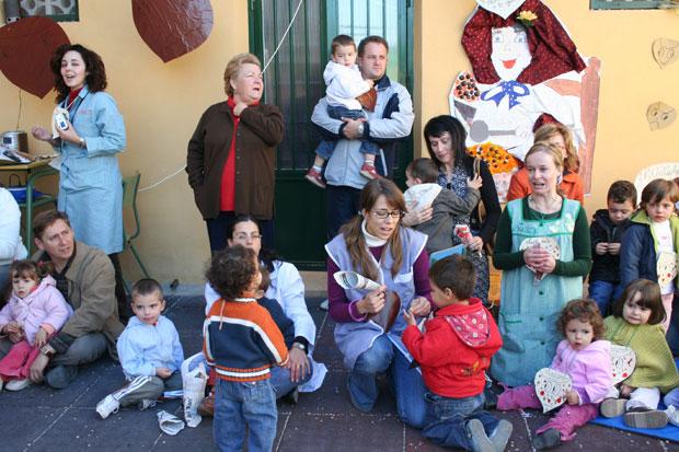 """Los pequeños  de la escuela infantil """"Carmen Baró"""" celebraron el Día de la Castaña, Foto 7"""