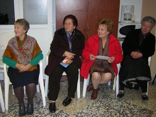 """LA ASOCIACIÓN DE AMAS DE CASA """"LAS TRES AVE MARÍA"""" REALIZA UN TALLER SOBRE LA VIOLENCIA CONTRA LA MUJER: DERECHO A VIVIR SIN VIOLENCIA, QUE TENDRÁ LUGAR HASTA EL DÍA 1 DE ABRIL (2008), Foto 3"""