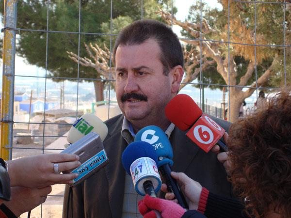 EL PSOE DENUNCIA GRAVES IRREGULARIDADES EN LAS OBRAS DEL COLEGIO P�BLICO SAN JOS�, Foto 3