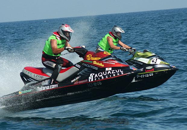 El equipo seleccionado por la FEM para participar en el Campeonato del Mundo de Moton�utica Raid-Offshore contar� con la representaci�n de tres pilotos murcianos., Foto 1