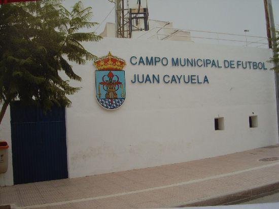 """La Concejalía de Deportes organiza este sábado una """"jornada recreativa de fútbol de deporte escolar"""" en el campo municipal """"Juan Cayuela"""", Foto 1"""